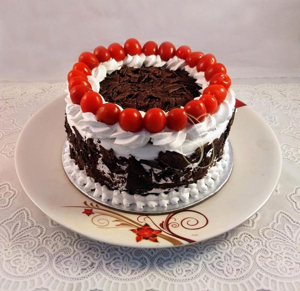 Black Forest Cherry Cake cake delivery Delhi