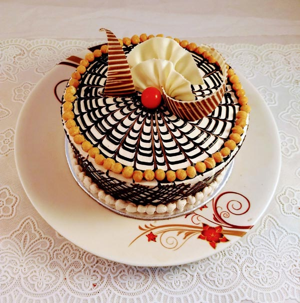 Coffee Crunchy Cake cake delivery Delhi