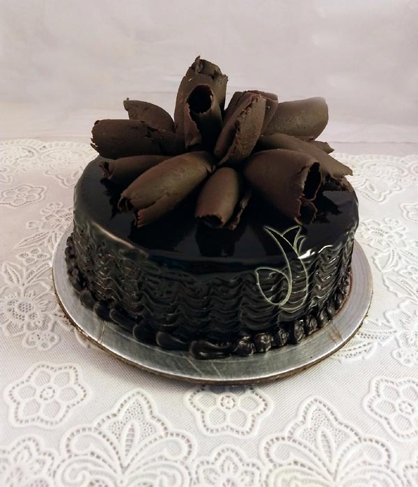 Chocolate Roll Cake cake delivery Delhi