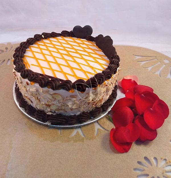 Choco Butter Scotch Cake cake delivery Delhi