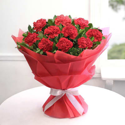 Bunch of 20 Carnation in Paper Packing cake delivery Delhi