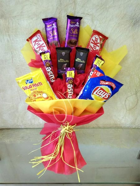 Chocolate Bouquet cake delivery Delhi