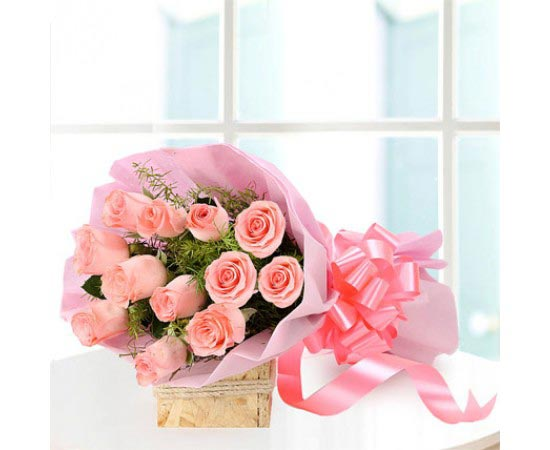 Baby Pink Rose Bunch cake delivery Delhi