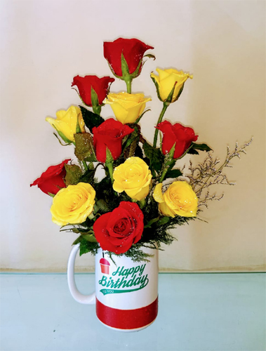Roses in Coffee Mug (Only For Delhi) cake delivery Delhi