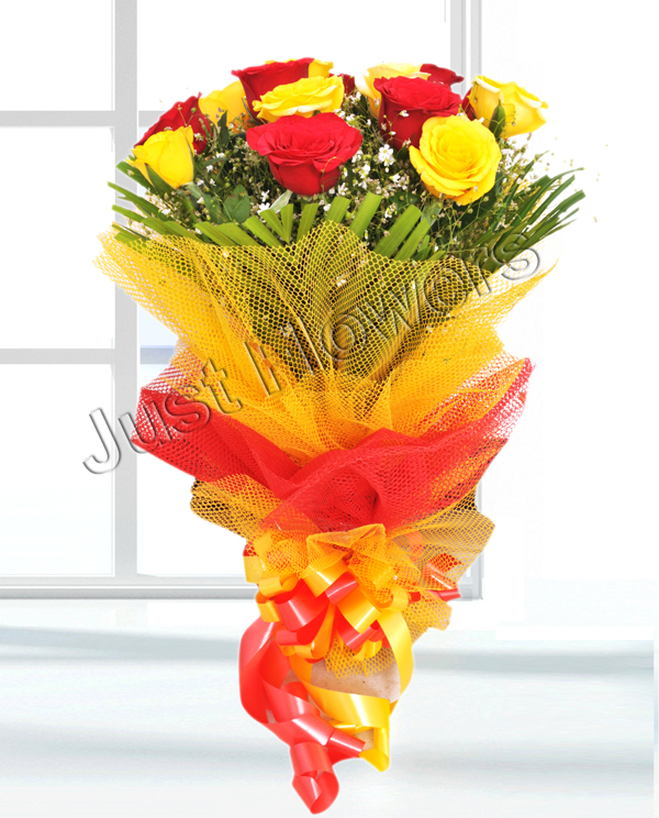 Red & Yellow Roses Bunch cake delivery Delhi