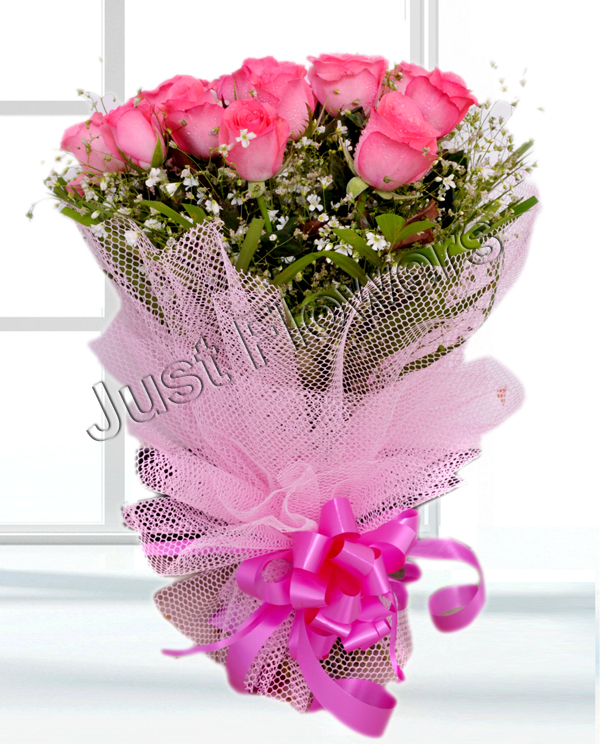 12 Pink Roses Bunch cake delivery Delhi