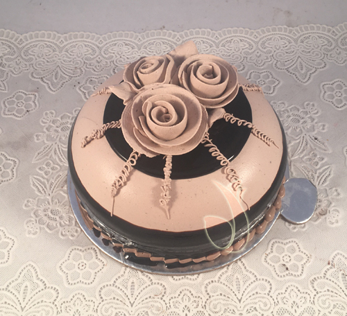 Chocolatey Cake cake delivery Delhi