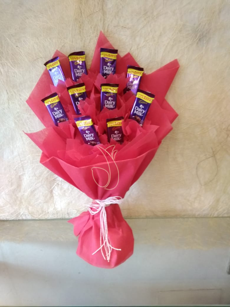 Dairy Milk Chocolate Bouquet cake delivery Delhi