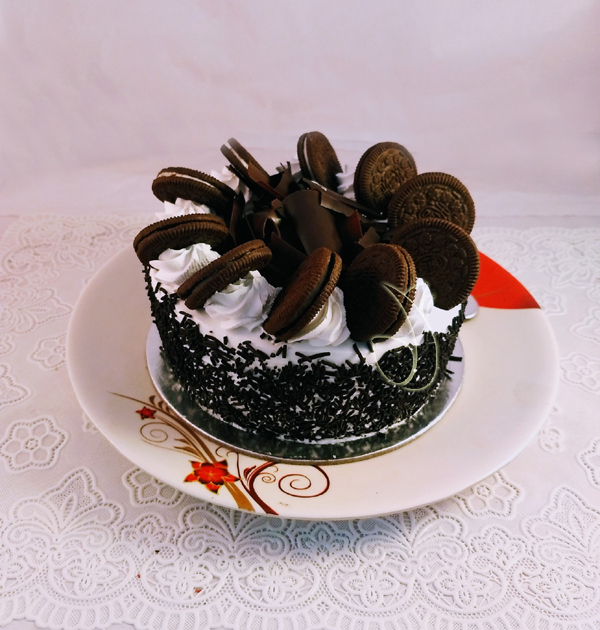 1Kg Oreo Cookies Cake cake delivery Delhi