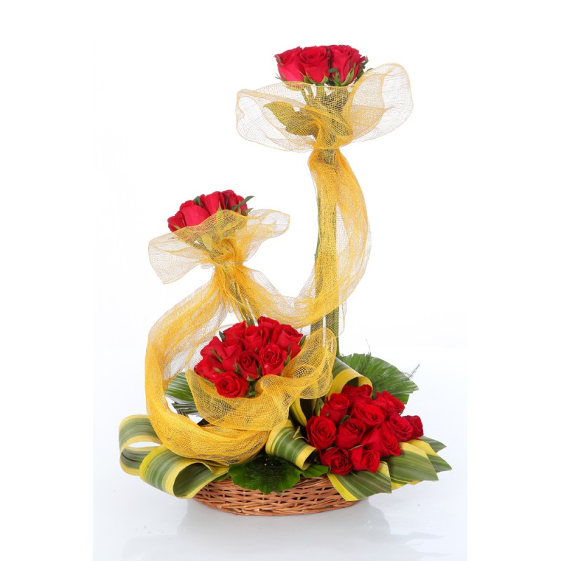 Arrangement of 75 Red Roses cake delivery Delhi