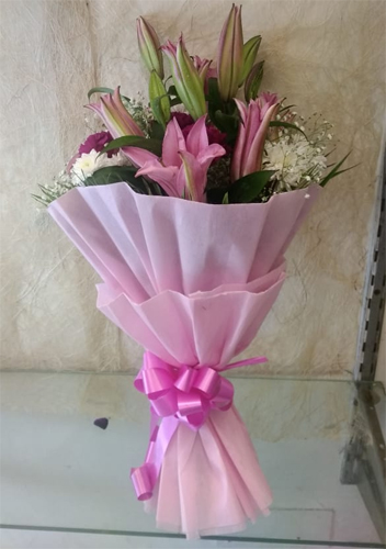 Bunch of Mix Flowers cake delivery Delhi