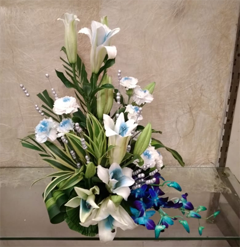 Blue Flowers Basket cake delivery Delhi