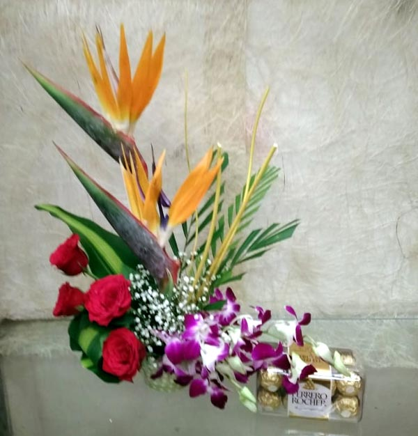 BOP & Roses Orchids with Ferrero Rocher Box cake delivery Delhi