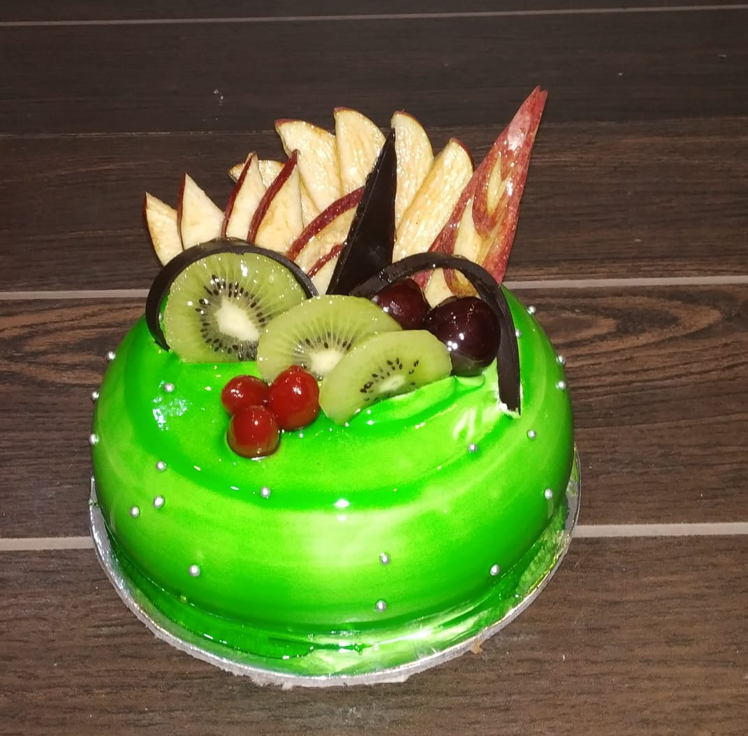 Kiwi Fruit Cake cake delivery Delhi