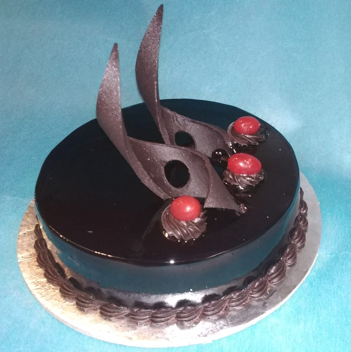 Round Shape Chocolate Cake cake delivery Delhi