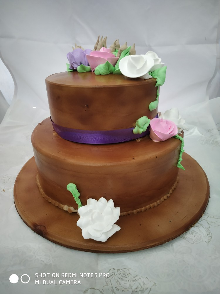 Chocolate Designer Cake cake delivery Delhi