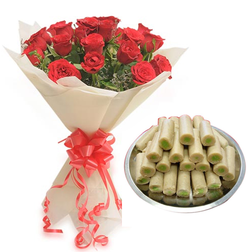 Rose Bunch & Kaju Roll Sweet cake delivery Delhi