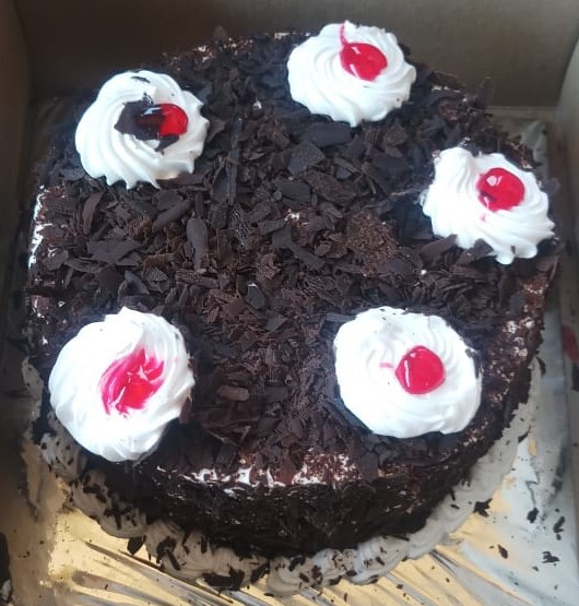 Black Foresty Cakes cake delivery Delhi