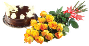 A bunch of 12  roses with 1 kg Cake� cake delivery Delhi