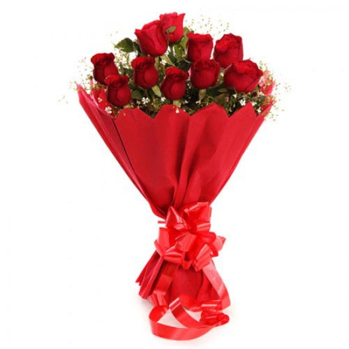 A Bunch of 12 Red Roses cake delivery Delhi