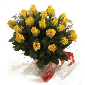 A Bunch of 20 Yellow Roses cake delivery Delhi