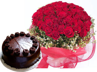 A hand bunch of 50 Roses and 1kg chocolate truffle cake cake delivery Delhi